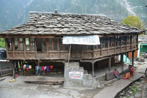 Himachal-Pradesh- small-village