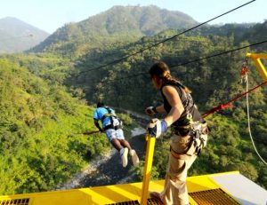 Rishikesh India Adventure Aport swing jumping