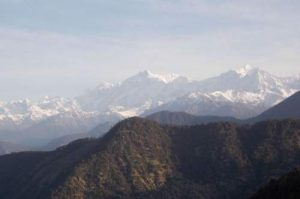 india-himalayas-mountains-tourism