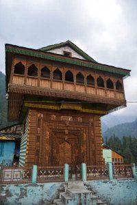 Himachal-Pradesh-village temple
