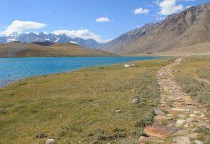 India Himalaya Mountains travel hiking trail