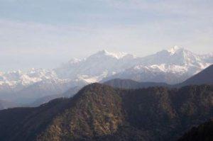india-himalayas-mountains-tourism